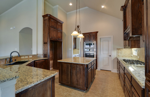 Naturally you want your new Flower Mound custom built home to be beautiful and welcoming but you may not have taken into consideration such things as your ... & The Advantages And Disadvantages Of Countertop Materials - New Green ...