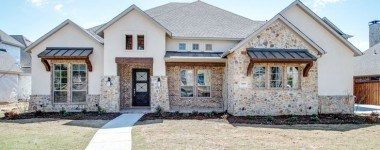 Building a Custom Home in Dallas? Try A Transitional Style