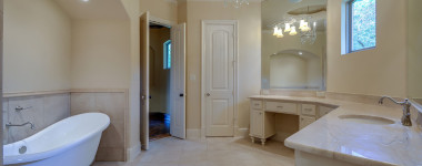 North Texas Custom Homes – Master Bath Lighting Tips